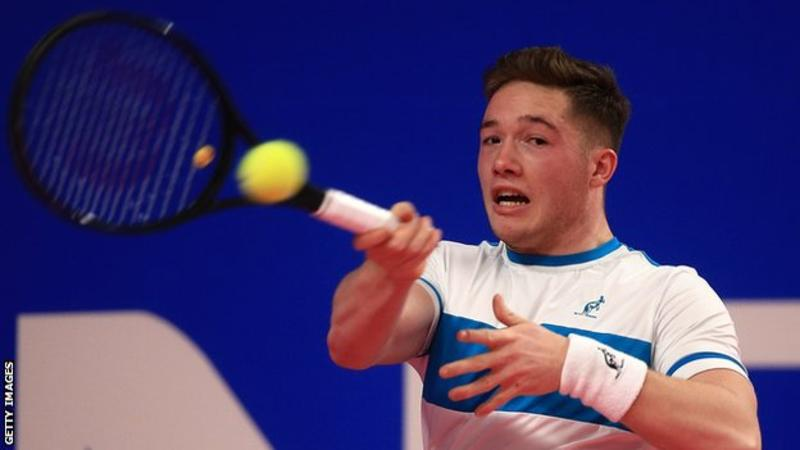 HEWETT CLINCHES KOREA OPEN TRIUMPH